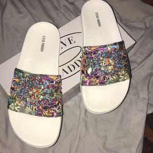 NWB Steve Madden White sparkly sandals